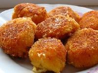 бульбишники с сосисками, галушки с сосисками, сосиски с картофелем, оладки из картофеля с сосисками