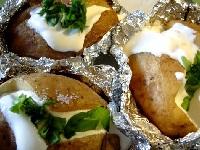 картофель в мундире, картофель в мундире в микроволновке, картофель в микроволновке, картофель в мундире фото
