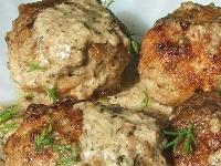 картофельные тефтели с грибным соусом, тефтели с грибным соусом, тефтели из картофеля с соусом фото