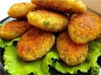 вегетарианские картофельные котлеты, картофельные котлеты для вегетарианцев фото